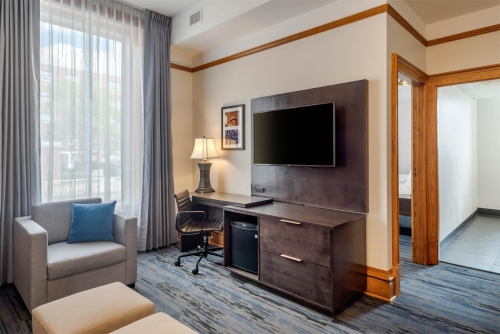 Crown King Suite - Courthouse Hotel - Thunder Bay, Ontario, Canada - View 1