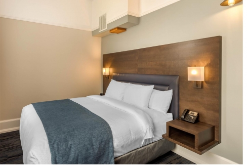 Crown King Suite - Courthouse Hotel - Thunder Bay, Ontario, Canada - View 3