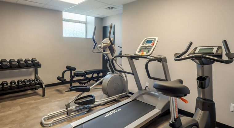 The Courthouse Hotel in Thunder Bay, Ontario features a Fitness Room, but there are plenty of hikes and outdoor activities to choose from too!